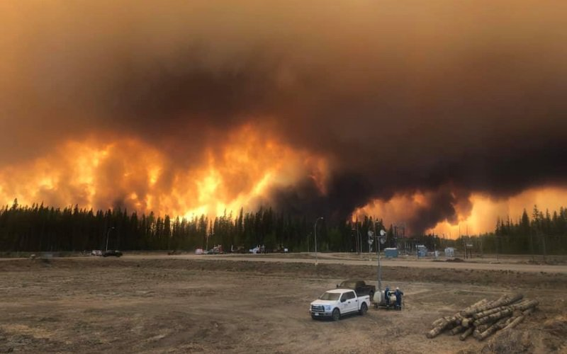 Alberta's raging wildfires cause dangerously polluted air quality, and point to a concerning global trend